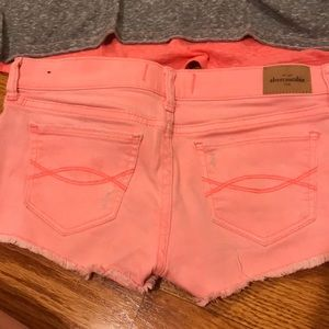 abercrombie kids Shorts - Coral Abercrombie shorts perfect for summer!